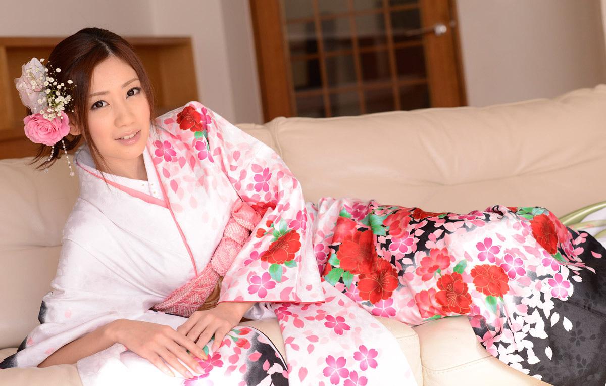 前田かおりのグラビア写真