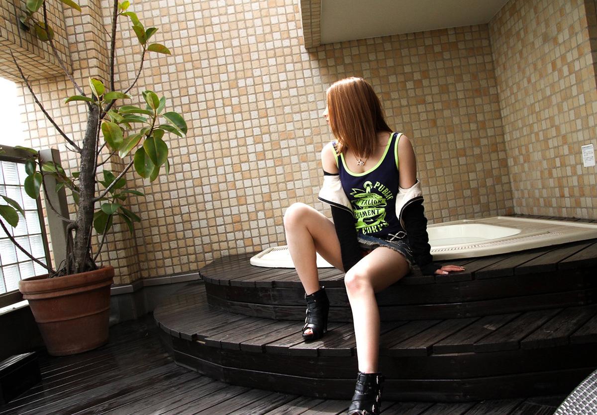 【No.32740】 横顔 / 上原花恋