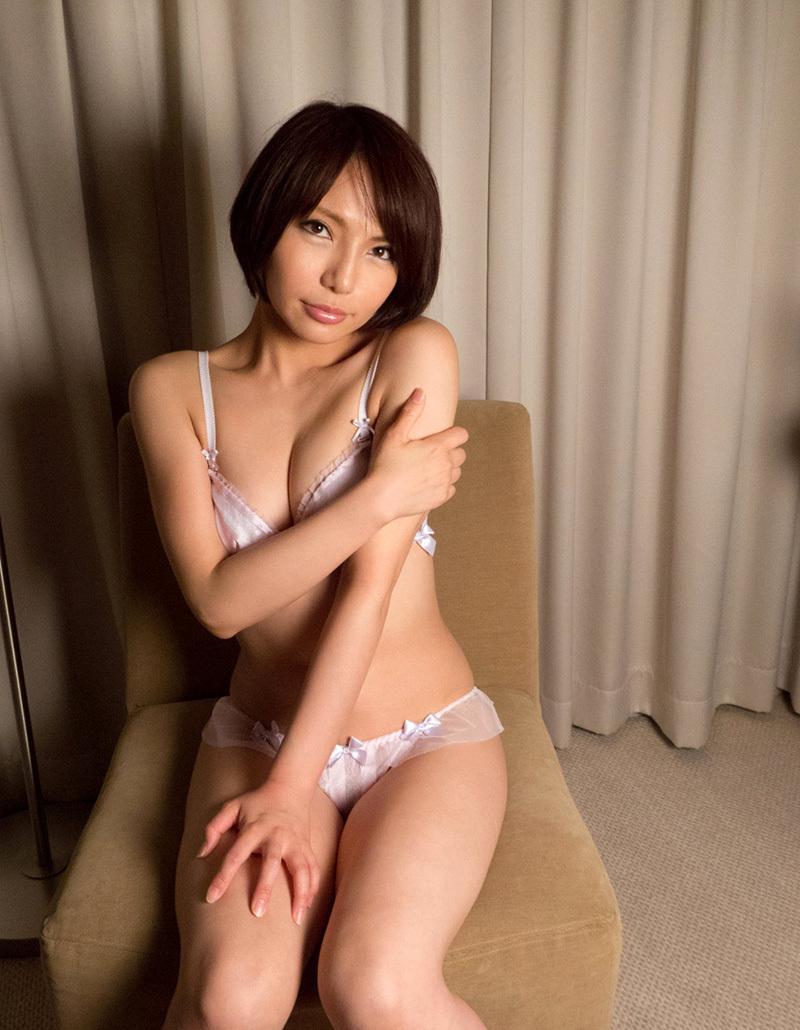 【No.33011】 谷間 / 高梨あゆみ