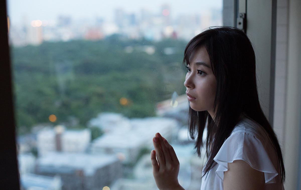 【No.33033】 横顔 / 小川桃果