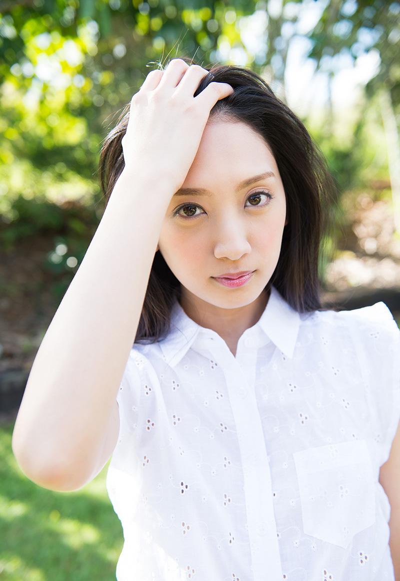 (No.33252) 清楚なオネエさん / 辻本杏