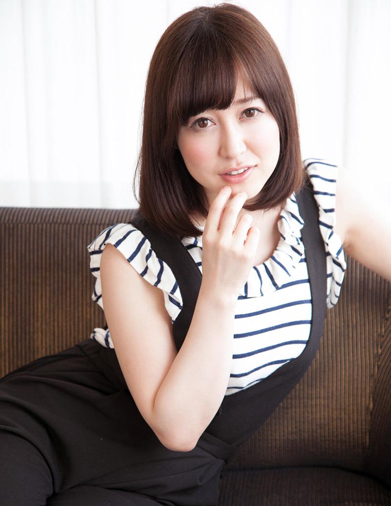 【No.33358】 綺麗なお姉さん / 篠田ゆう