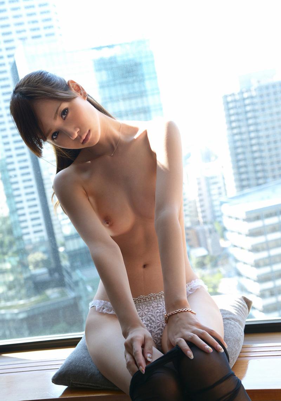 橋本涼のグラビア写真