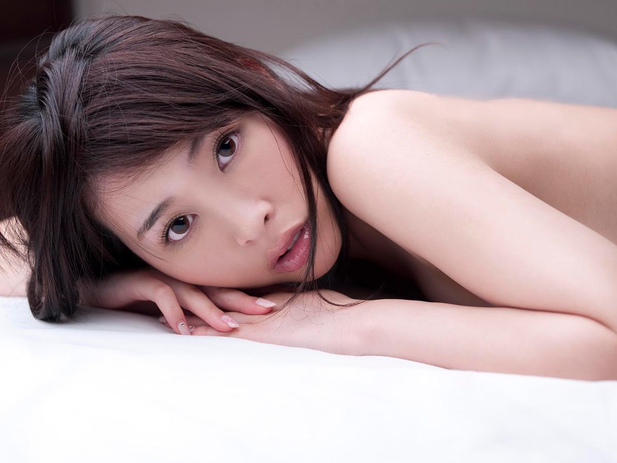 本田岬のグラビア写真