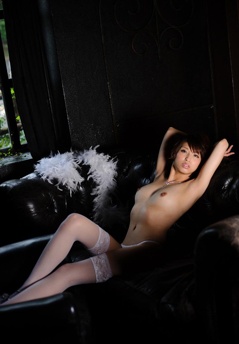 秋山祥子のグラビア写真