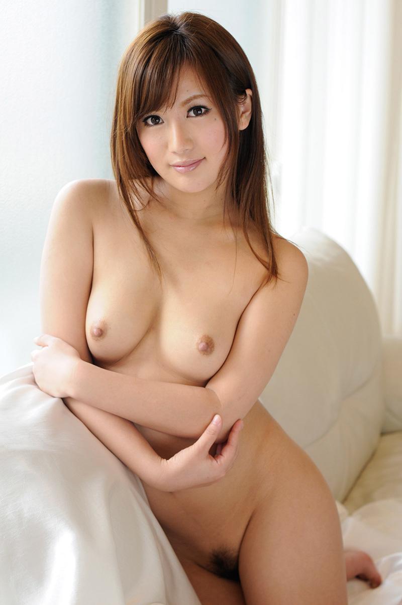 (No.35760) お乳 / 水谷心音