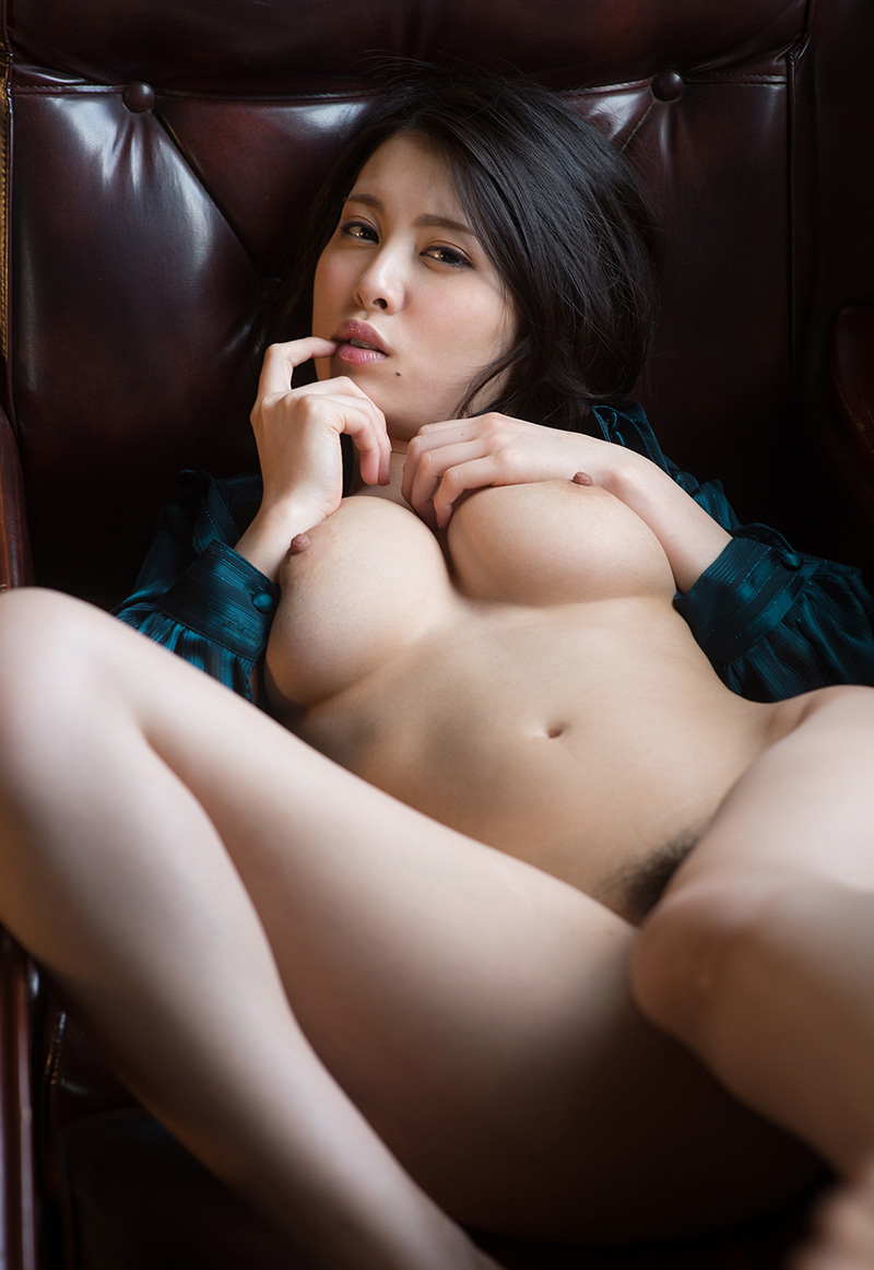 【No.35761】 Nude / 松岡ちな