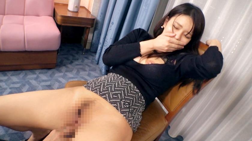 29歳っていう体が一番エロい状態になる年齢の女www口に含みたくなる乳輪と乳首が生唾モノなんだが…