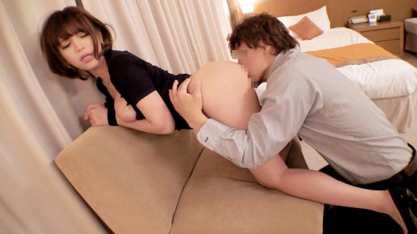 寝バックでイカされておまんこ敏感になってる巨乳女がビクンビクン感じてる画像wwwww