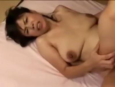 「おまんこもっと突いて」adaluto個人撮影で中出しおめこを懇願する着物の似合うおばさんの動画50代無料