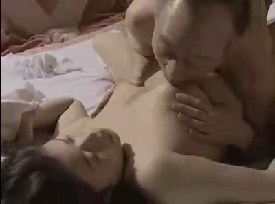 「おばさんの動画50代無料」高齢者の旦那との夫婦生活のおめこが嫌で若い肉棒をおまんこに求める熟女の日活ロマン無料映画