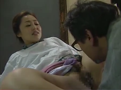 昭和のアダルト女優の夏見エリカが50代の中年夫婦生活の性生活を描いた日活無料風のおめこ