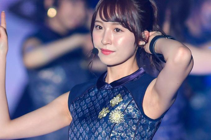乃木坂46 美しい…ワキ写真。