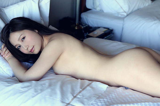 佐々木あき 妖艶にしっとりと絡み合いながら感じる大人なセックス画像