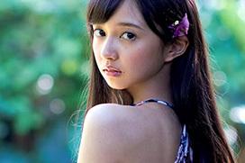 美人声優・小宮有紗の水着グラビア画像!美乳と美尻を見せつける!