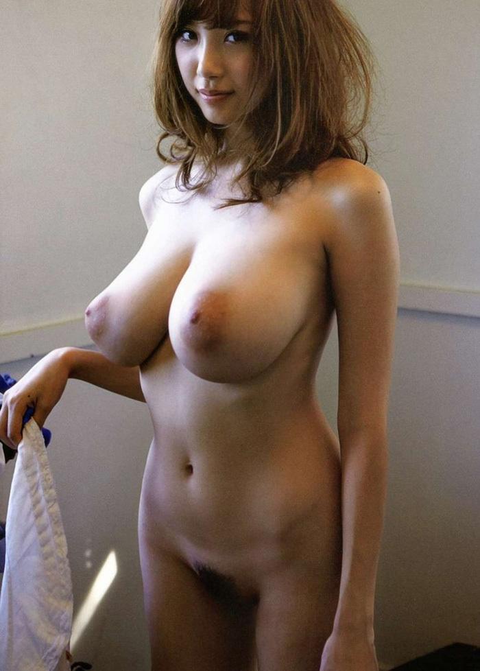 巨乳 ヌード 画像 103