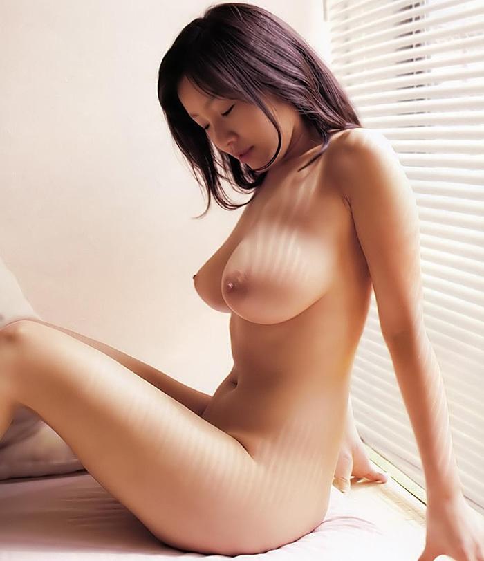 巨乳 ヌード 画像 118