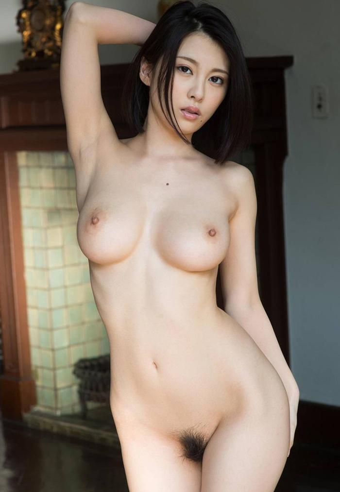 巨乳 ヌード 画像 126