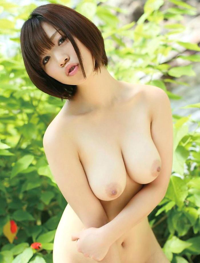 巨乳 ヌード 画像 131