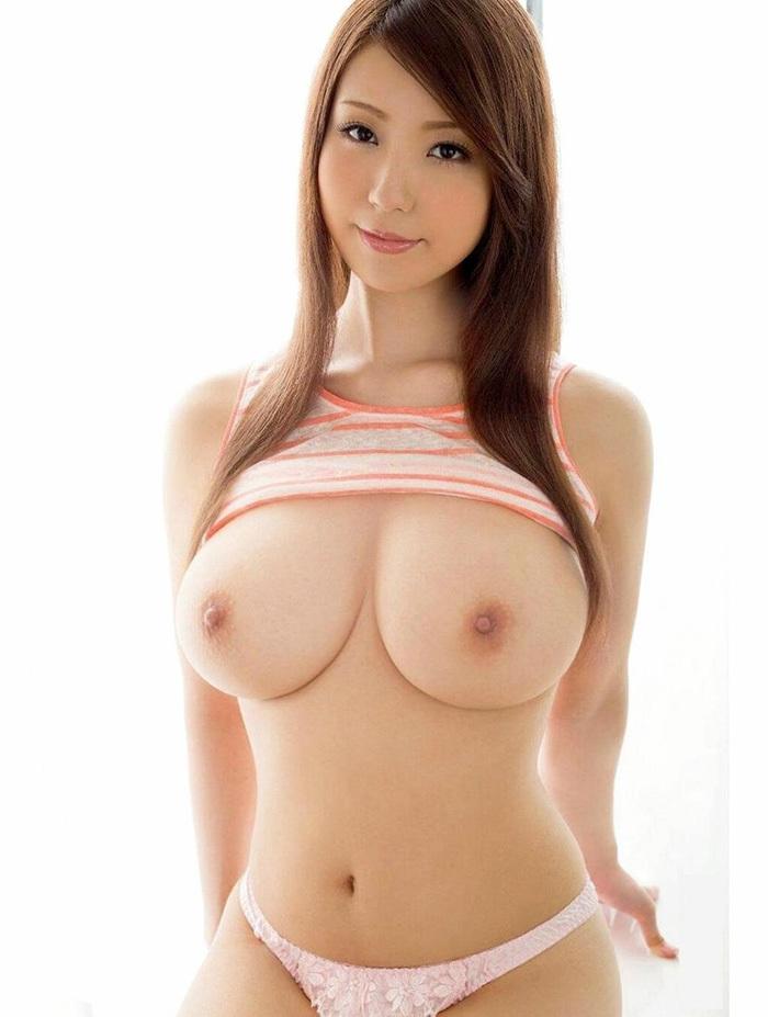 巨乳 ヌード 画像 27