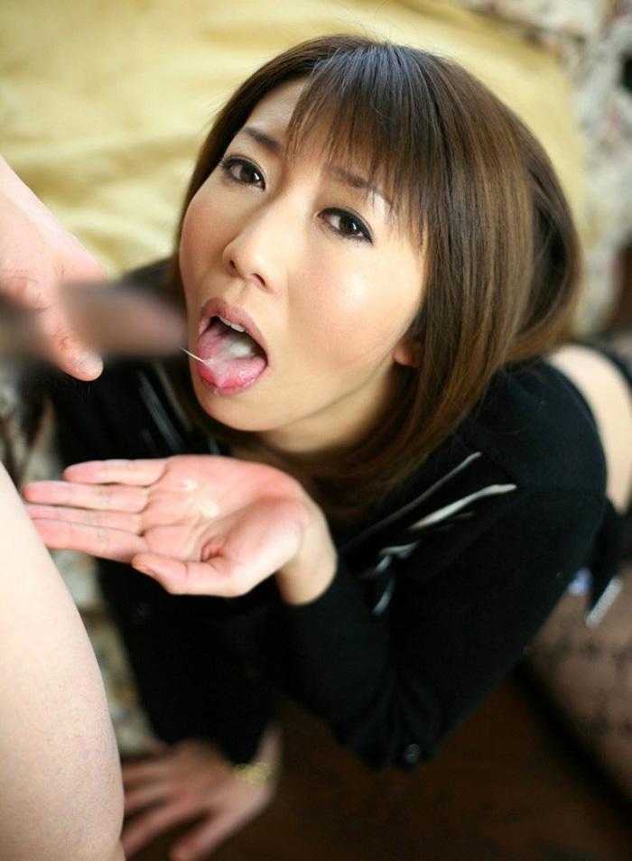 口内射精 画像 12