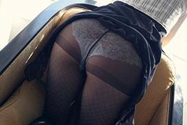 黒ストッキング越しのパンティエロ画像
