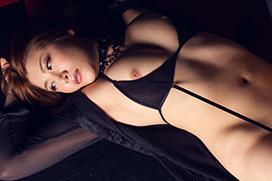 美麗グラビア × 推川ゆうり 妖艶ヌード