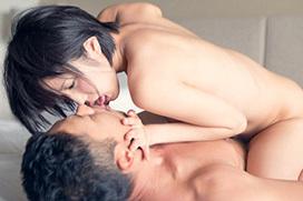 熱いキスをしながら性交…密着セックス画像100枚