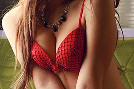 淫靡に妖しい挑発…赤のランジェリー画像100枚