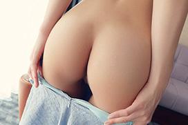 女の子らしいまぁるいお尻のエロ画像