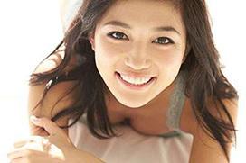 正統派美少女の変わり者女優、川口春奈のセクシーショットwww
