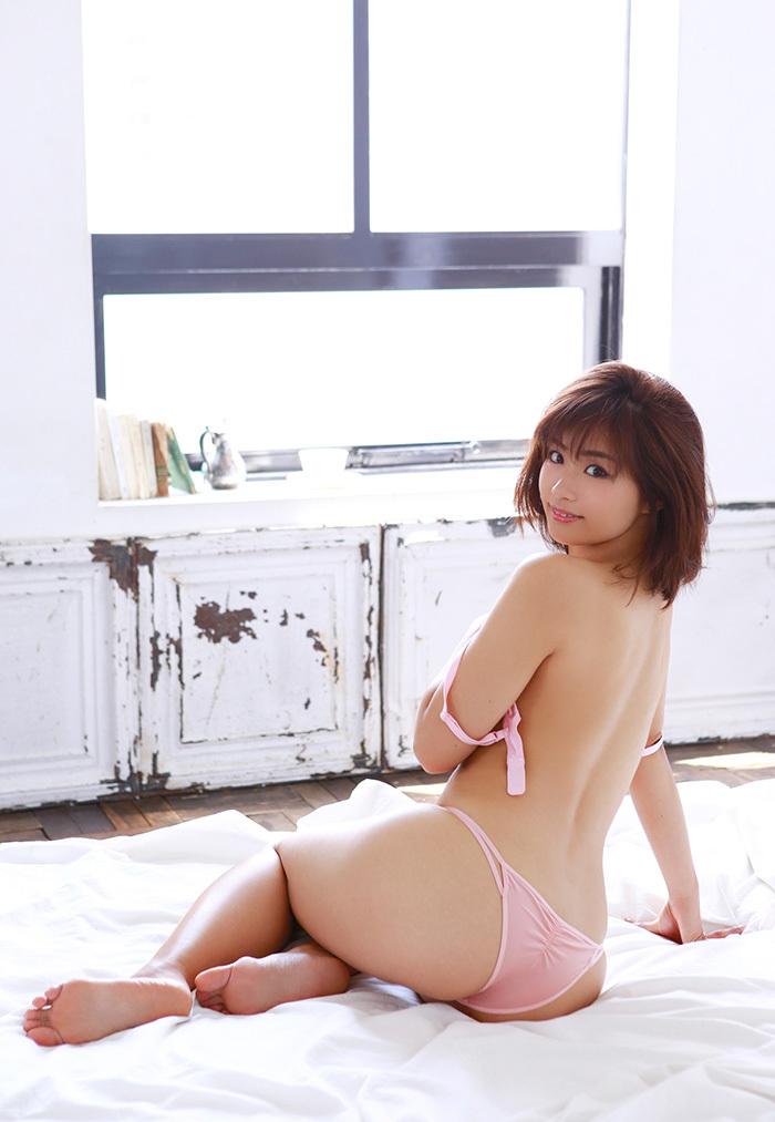 安枝瞳 お尻 画像 20