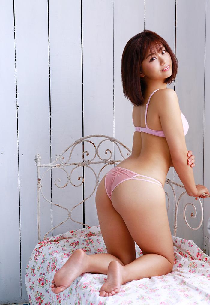 安枝瞳 お尻 画像 21