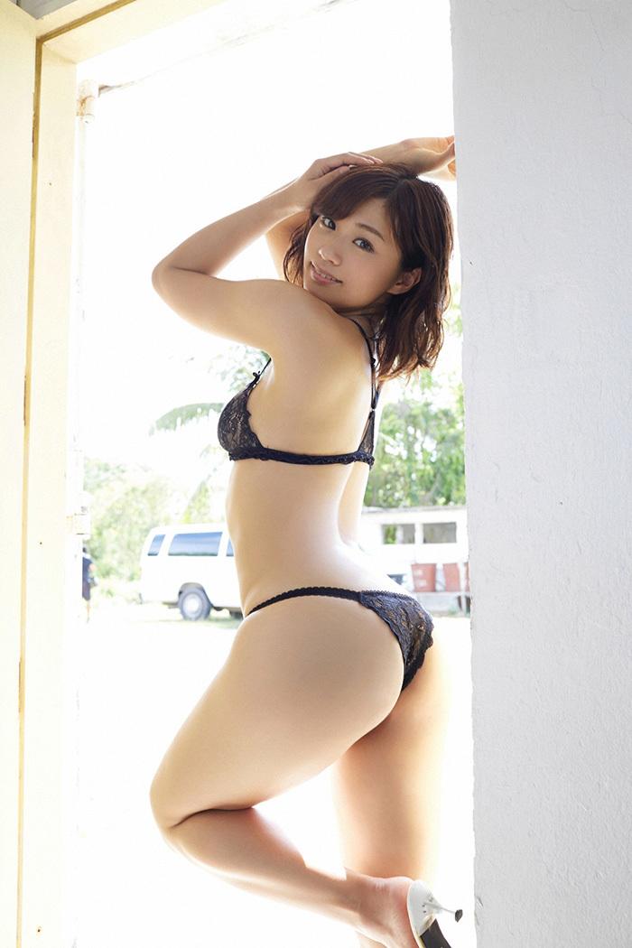 安枝瞳 お尻 画像 39