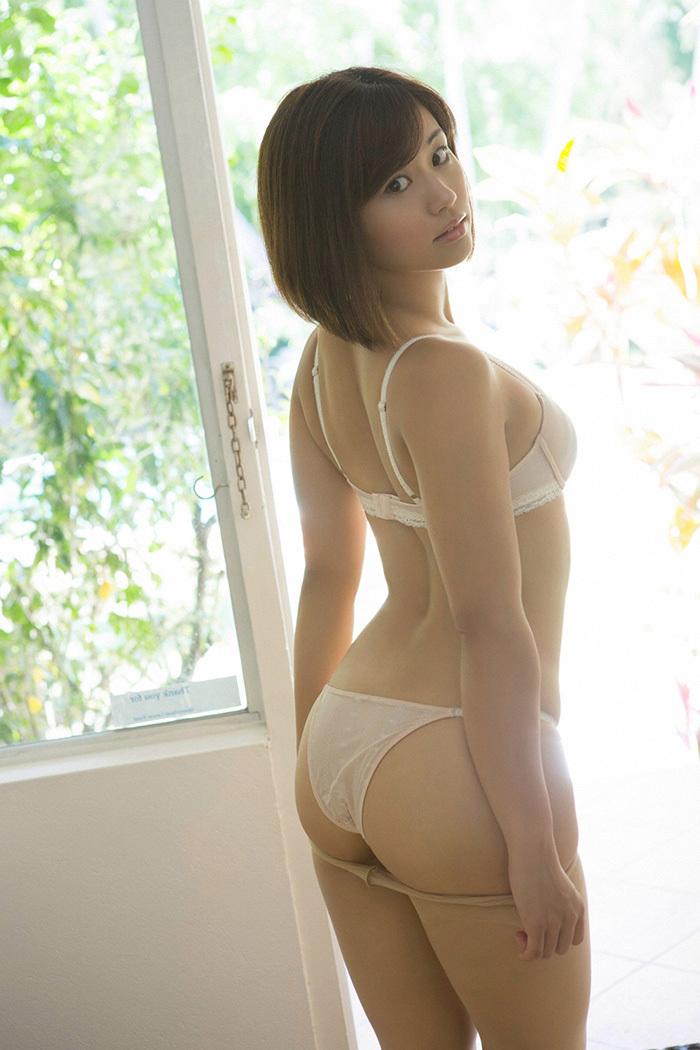 安枝瞳 お尻 画像 6