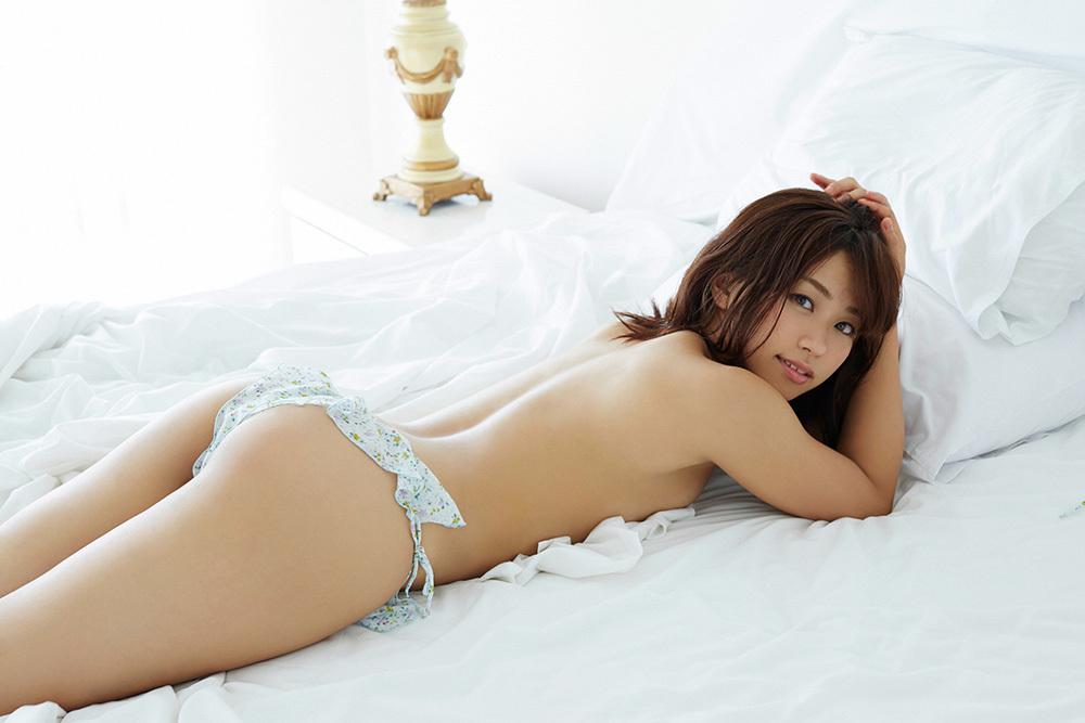 安枝瞳 お尻 画像 62