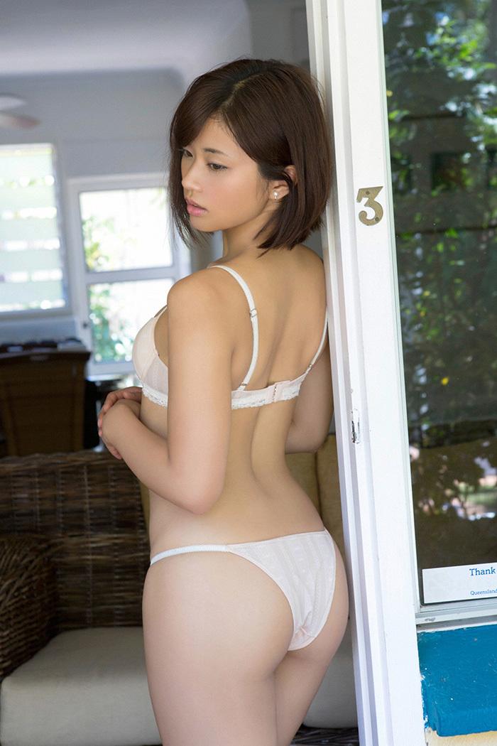 安枝瞳 お尻 画像 7