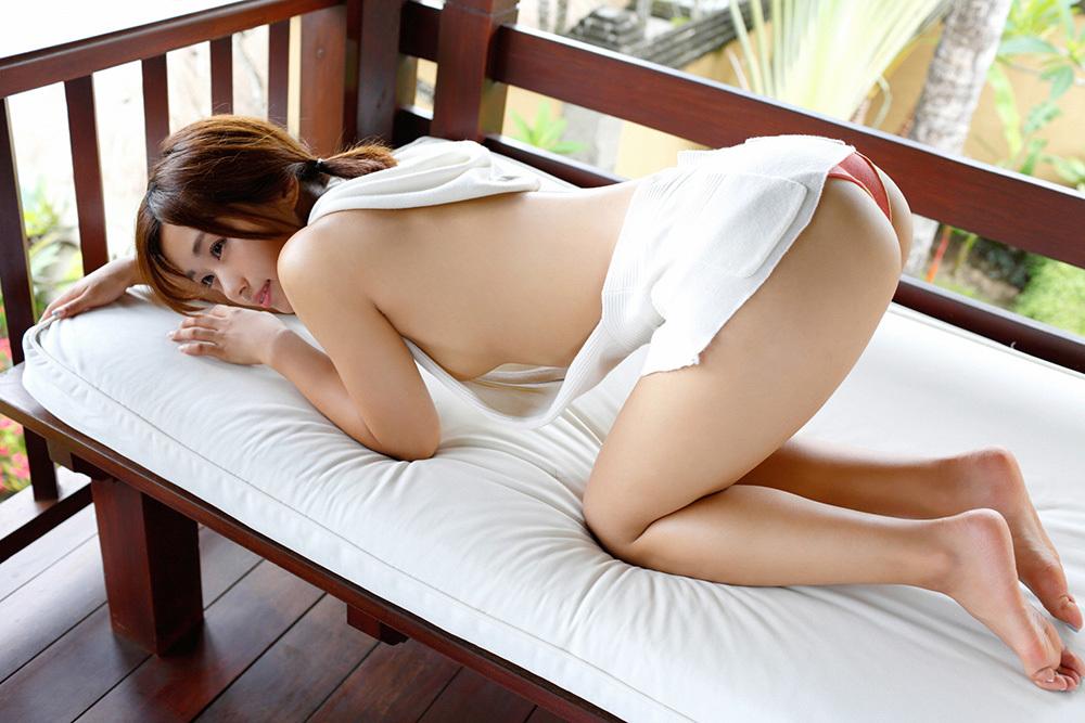 安枝瞳 お尻 画像 79