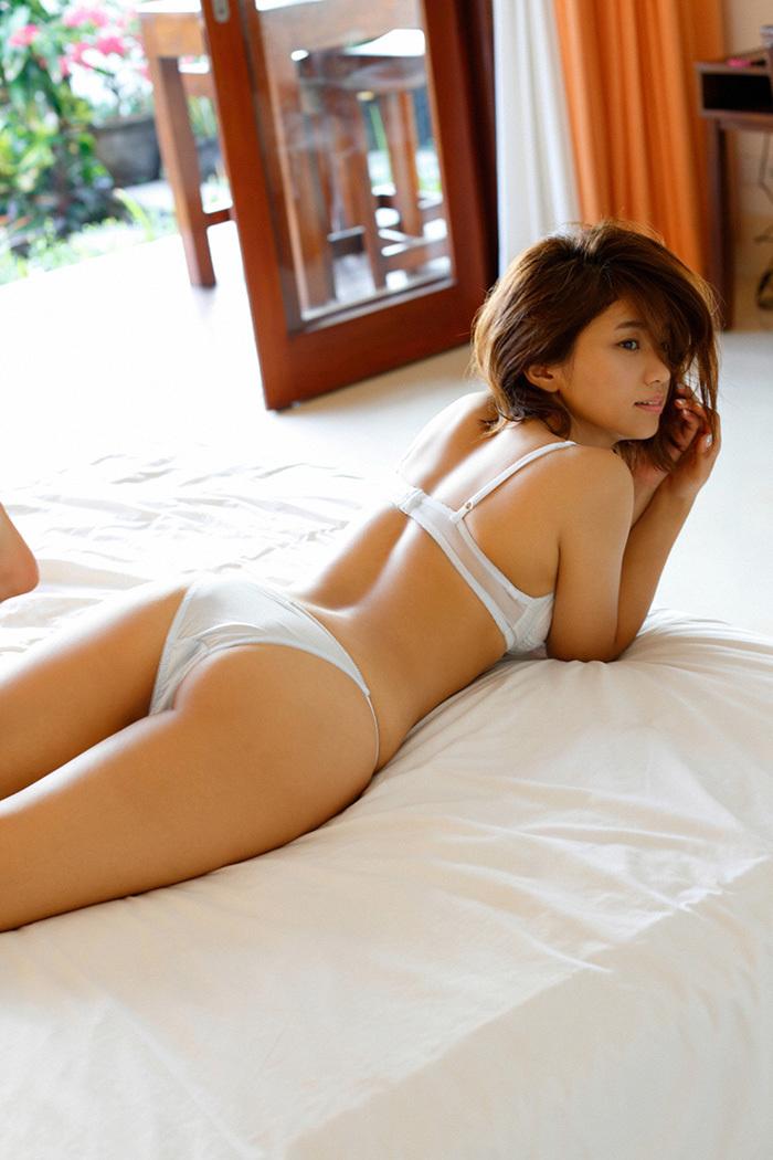 安枝瞳 お尻 画像 85