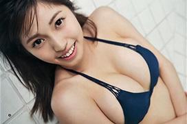 MIYU[CHERRSEE]~ヤングジャンプ最新水着グラビア!みゆパイの柔らかさ堪能!