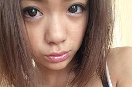 【画像】復帰した鶴田かなが黒ギャル化
