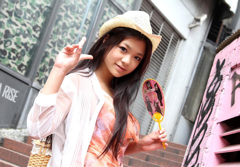 鶴田かな 画像 3