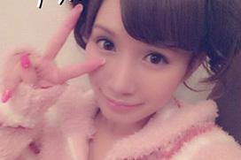 AV女優・小島みなみのフェイスブックで身バレ!母親公認だったのか・・・