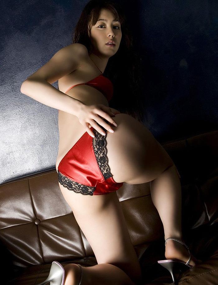 赤 ランジェリー 画像 68