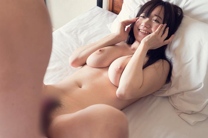 紺野まこ 微笑みで快感を味わうGカップお姉さんのセックス画像