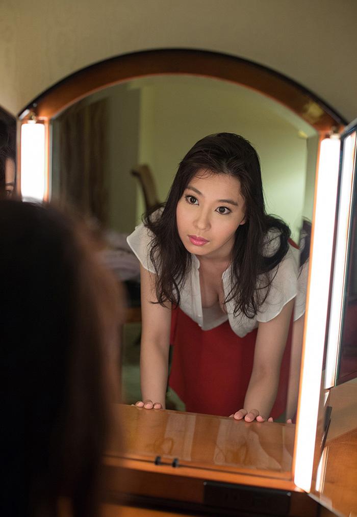 鏡 ヌード 画像 56