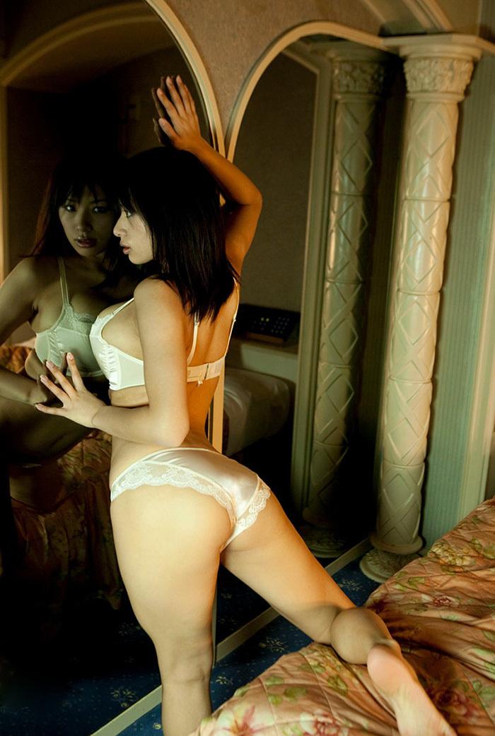鏡 ヌード 画像 70
