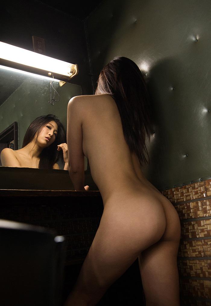 鏡 ヌード 画像 74