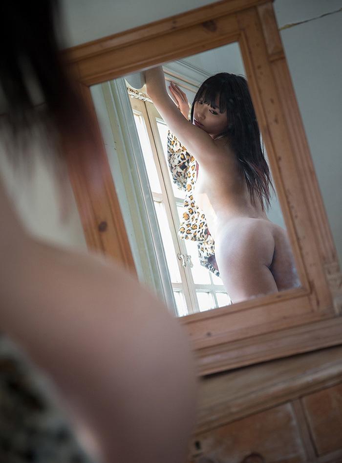 鏡 ヌード 画像 92