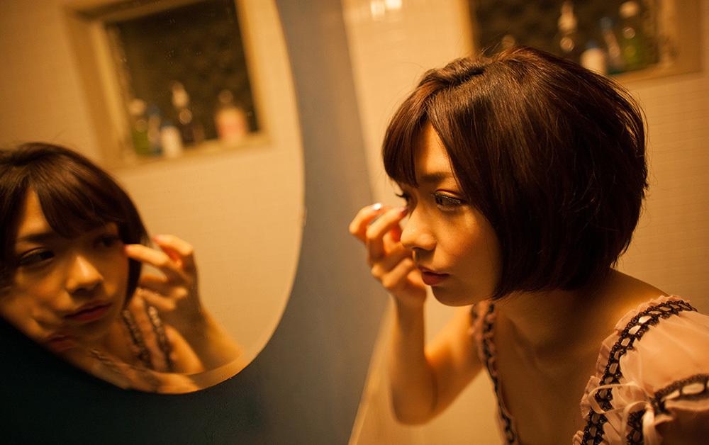 鏡 ヌード 画像 95